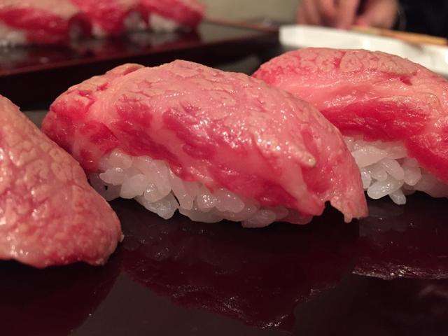 画像: お肉の撮影大会!フォトジェ肉!格之進の牛肉解体ショーがすごい たべあるキング