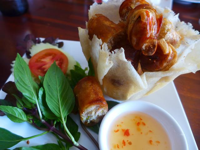 画像1: 本日のランチはタイのパタヤにあるレストラン「メーシールアン・レストラン」に行きました。 詳細は後ほど・・・ emunoranchi.com
