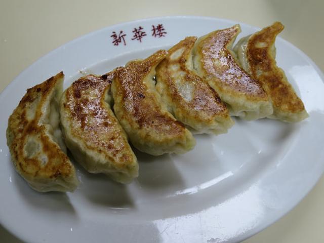 画像: 【三軒茶屋】三茶の昔ながらの中華店「新華楼」の薄皮餃子