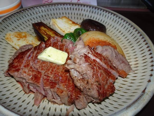 画像: <熟成肉で半世紀>金沢の「ひよこ」のヒレステーキ!