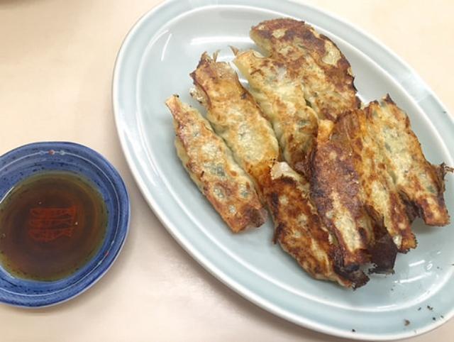 画像: 大阪餃子通信:京都の古き良き中華そば屋『誠養軒』で味わう昭和の餃子