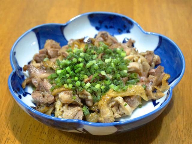 画像: 【福岡】ディープなかしわ(鶏肉)専門店の赤鶏たたき♪@岩本商店