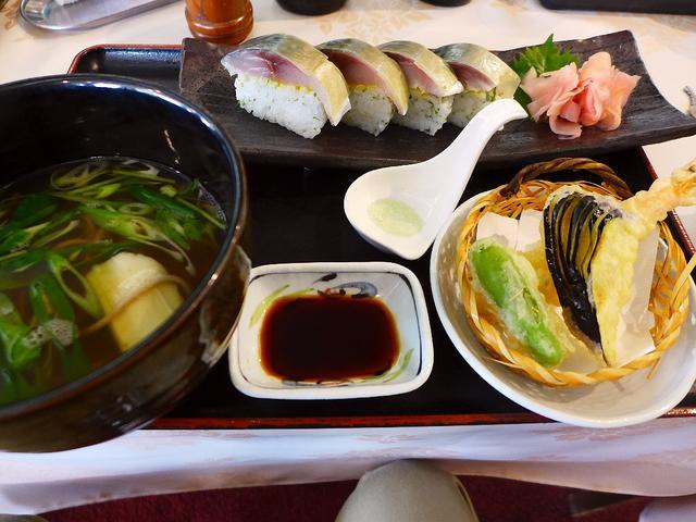 画像1: 本日のランチは神戸市北区にあるゴルフ場「北六甲カントリー倶楽部」でいただいました。今日は「第1回チーム肉ゴルフコンペ」で、張り切っていってきました!チーム肉は、「肉を愛する者が肉を食べながらマラソンをする」というとても健... emunoranchi.com