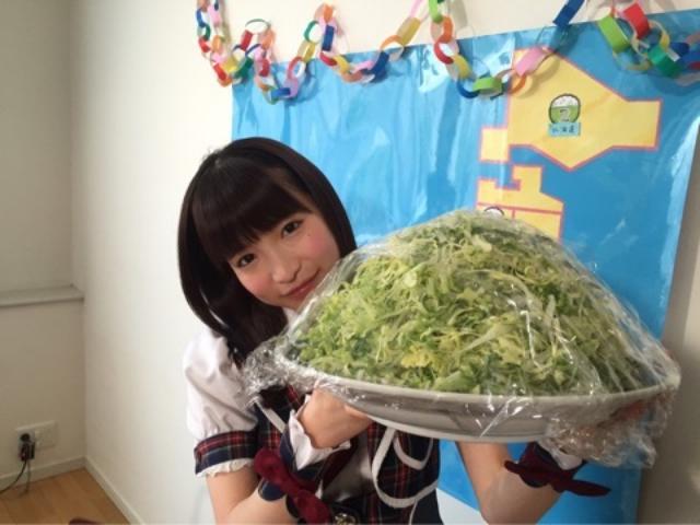 画像: キャベツの大食い♪