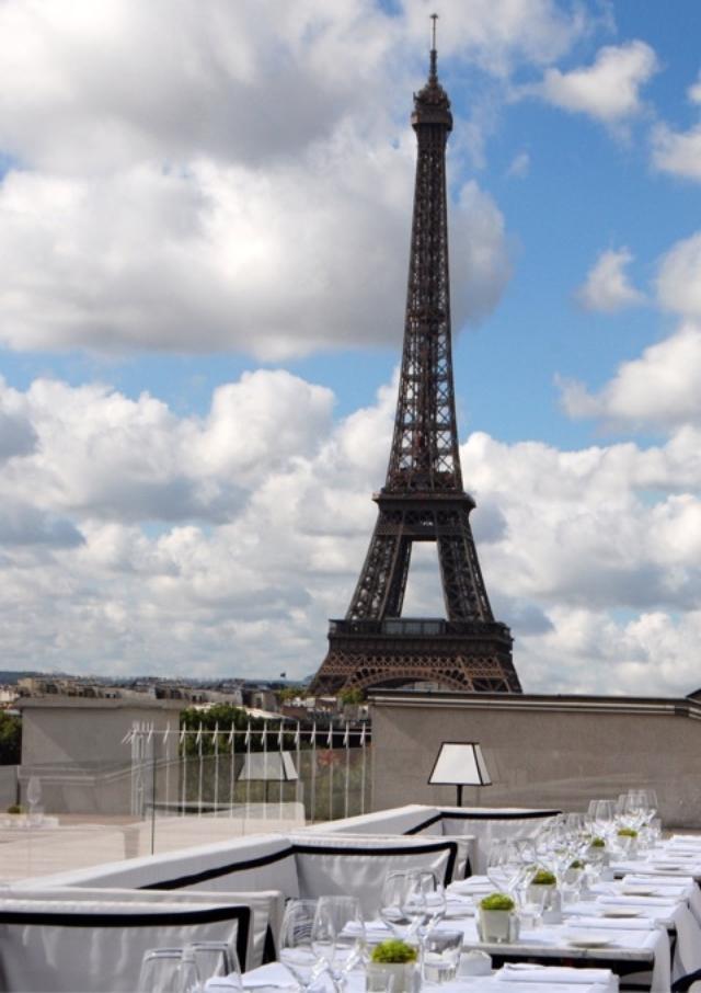 画像: パリ「メゾン ブランシェ」爽やかランチ(エッフェル塔)/パリとわたしvol.10