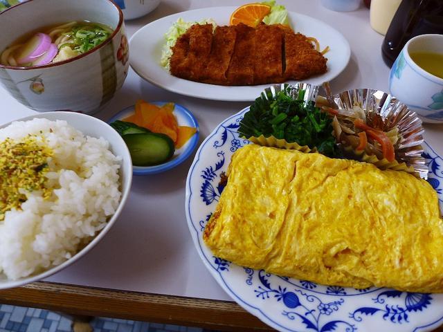画像1: 本日のランチは西区江戸堀にあるお食事処「金時屋」に行きました。このお店の前を通るたびに、猛烈に気になりつつも今まで行ったことがなかったのですが、グルメのGさんがこちらの常連だと知って、一緒に連れて行ってもらいました(^^... emunoranchi.com