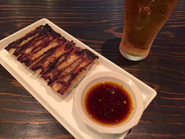 画像: 大阪餃子通信:京都丸太町のバル風餃子店『バルカン』で餃子、唐揚、そしてビール!