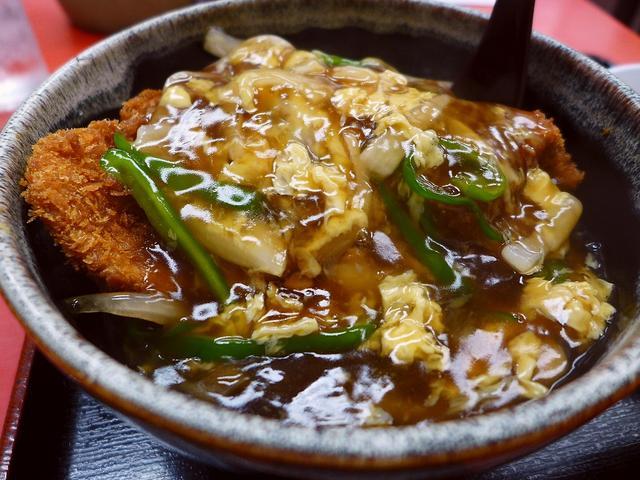 画像1: 本日のランチは淀川区西宮原にある中華料理屋さん「味悟空 三国店」に行きました。最近「中華風カツ丼」にちょっと凝っているのですが、中華料理屋さんならどこでも置いているメニューではないので探すのが大変なのですが、読者様から情... emunoranchi.com
