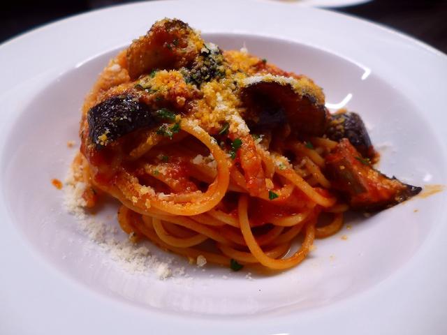 画像1: 本日のランチは芦屋市にあるイタリア料理のお店「OSTERIA VIVACE con e DePadova(オステリア ヴィヴァーチェ コン エ デパドヴァ)」に行きました。「DePadova (パドヴァ社)」というイタリ... emunoranchi.com