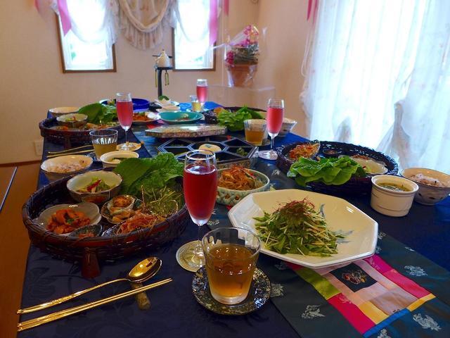 画像1: 本日のランチは富田林市にある料理教室「おもてなし料理&テーブルコーディネート教室Hiro's Factory 」に行きました。友人のUさんから、「Mさん、富田林に料理が出来なくても参加できて、素晴らし... emunoranchi.com