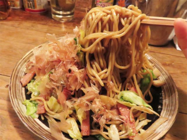 画像: 【福岡】昭和レトロ&缶詰バーで焼きチャンポン♪@博多めでた屋
