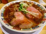 画像1: 本日のランチは天神橋6丁目にあるラーメン屋さん「サバ6製麺所」に行きました。ここ最近の関西でのラーメン店の新店出店ラッシュが凄まじく、毎日食べ歩きをしている私でも全く追いつかないような状況の中、「ラ」な大物ブロガーのこの... emunoranchi.com