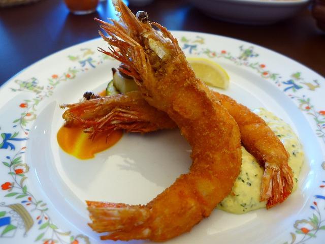 画像1: 本日のランチは上本町の大阪国際交流センター内にあるビュッフェレストラン「ラッフィナート」に行きました。今日はこちらの会場で開催されたセミナーの講師としてお招きをいただき、主催の方々にこちらのお店に連れて行っていただきまし... emunoranchi.com