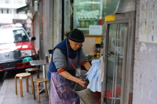 画像: 香港の朝粥の魅力とは?