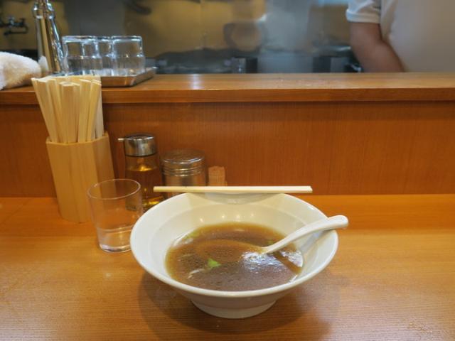 画像: 満来(新橋/肉つけ麺・肉ラーメン)