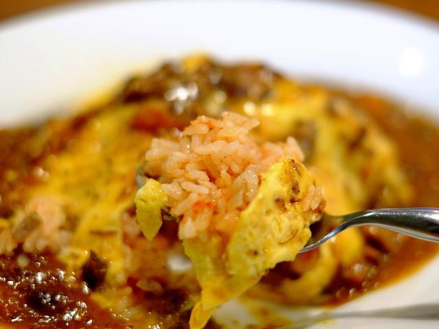 画像: 「大崎 ビストロ八木商店の半熟卵のオムライス」