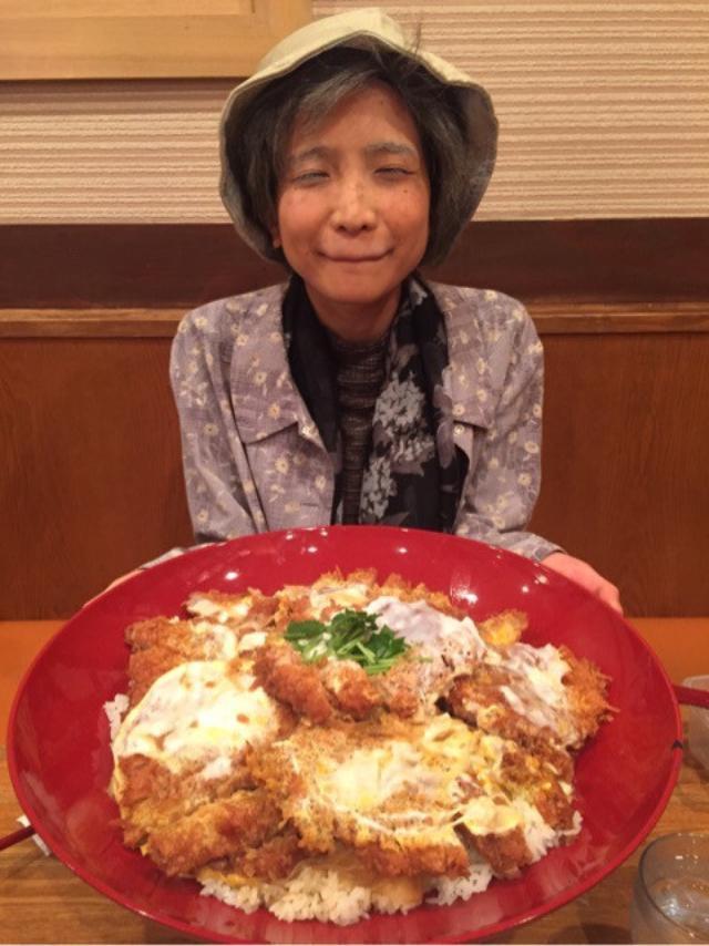 画像: デカ盛りかつ丼♪