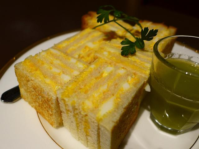 画像1: 本日のランチは天王寺のあべのハルカス近鉄本店ウイング館B2Fにあるサンドイッチ専門店「あべのカツサンドパーラー ロマン亭」に行きました。先日こちらのサンドイッチのテイクアウトをいただき、とても美味しかったので食べに行った... emunoranchi.com