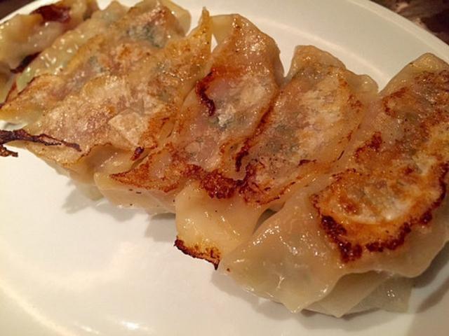 画像: 大阪餃子通信:兵庫西宮『華厨香』の絶品な炒飯と餃子