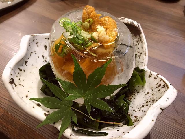 画像1: 本日のランチは北区池田町にある居酒屋「裏天満 こばち屋」に行きました。小鉢の料理をちょっとずつ色々な種類の料理が楽しめるというコンセプトの居酒屋で、今年4月のオープン以来毎晩とてもにぎわっているお店です!今日はこちらのお... emunoranchi.com