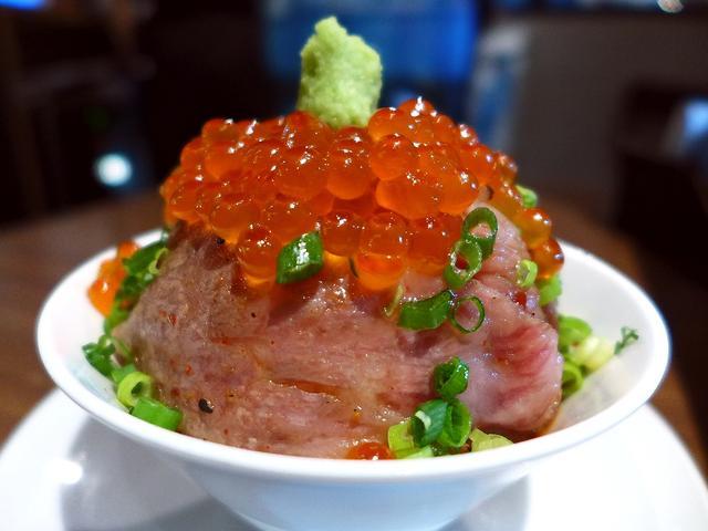 画像1: 本日のランチは東京都墨田区にある焼肉屋さん「牛8 錦糸町店」に行きました。今日は仕事で東京に行ったのですが、以前インスタグラムで見たこの画像に一目惚れして、ずっとずっと行ってみたいと思っていたお店に行ってきました!「牛と... emunoranchi.com
