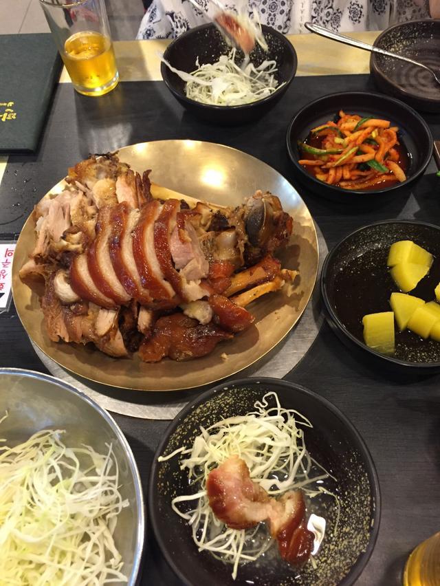 画像: 韓国特集〜!ソウルの行列のできる豚足店!満足五香豚足(マンゾクオヒャンチョクバル)