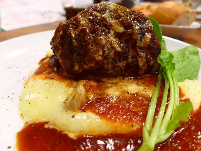 画像1: 本日のランチは十三にあるイタリア料理のお店「オラリオ」に行きました。下町十三で、非常にレベルの高いイタリア料理がとてもリーズナブルな価格で楽しめる私のお気に入りのお店です!「スペシャルランチコース」(1680円)メイン料... emunoranchi.com