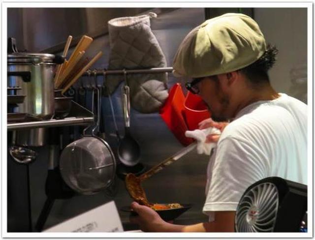 画像: カレーですよ2372(富ヶ谷 東京スパイスカレー / バーサラカ)リーダーのお店。