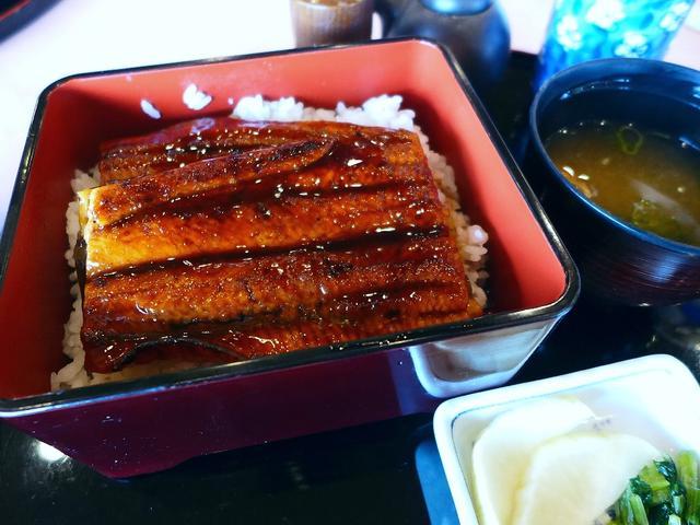 画像1: 本日のランチは奈良県天理市にあるゴルフ場「春日台カントリークラブ」でいただきました。100人もの人が参加するとても巨大なコンペに参加させていただきました! よく整備されたコ... emunoranchi.com