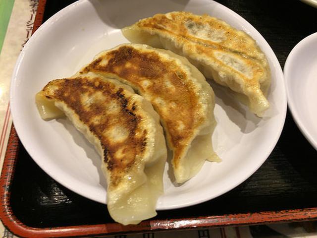 画像: 【新宿】ロボットレストランの斜向かいの「ラーメン王」で生姜炒め定食+焼き餃子