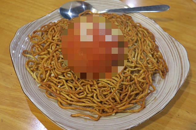 画像: 【馬喰町】手作り餃子食べに行った「帆」で驚きの焼きそばに出会う