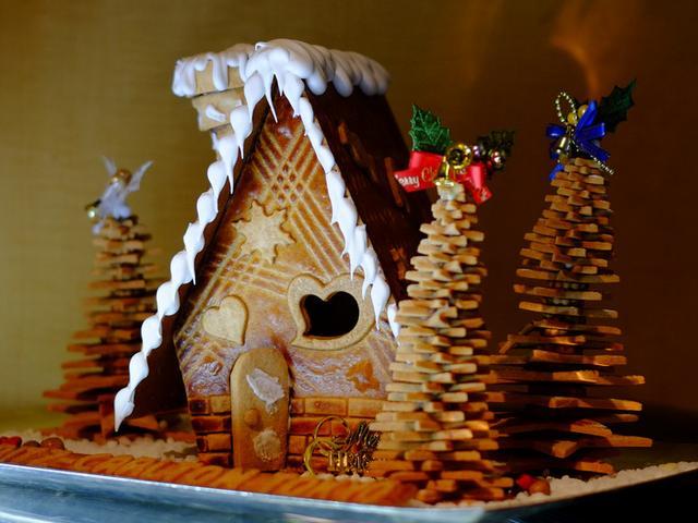 画像: 「六本木 リッツ・カールトン東京クリスマスディスプレイ! ジンジャーブレッドハウス」