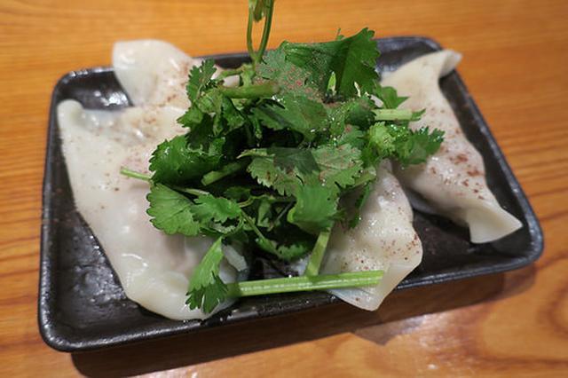 画像: 「肉汁餃子研究所 ドロップ酒場」の肉汁たっぷりのラム餃子が美味かった【祐天寺】