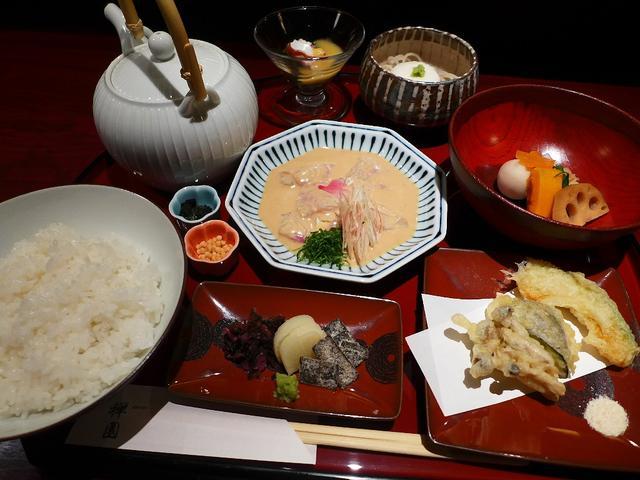 画像1: 本日のランチは心斎橋にある和食のお店「心斎橋 禅園」に行きました。ゴージャスな空間で美味しい和食が食べられるお店で、梅田のお店は何度か行ったことがありますが心斎橋のお店は初めてです!ランチタイムは様々な豪華な御膳が用意さ... emunoranchi.com