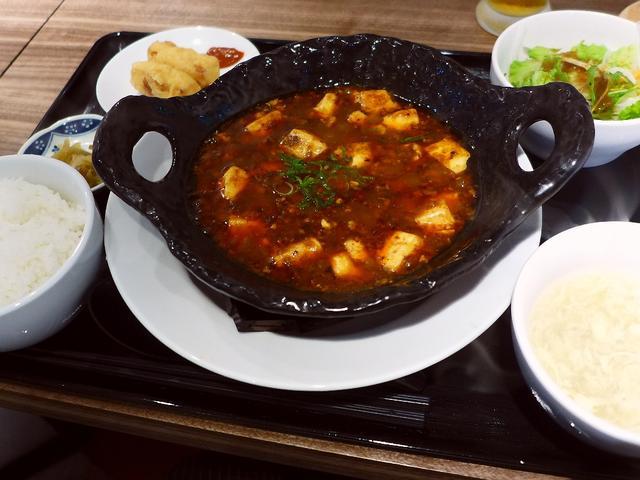 画像1: 本日のランチは緑橋にある中華料理のお店「中華ダイニング 菜演」に行きました。いつも大変お世話になっているA様に「Mさん、とても美味しくて超穴場な中華を見つけたので一緒に行きましょう」と連れて行っていただきました!こちらの... emunoranchi.com