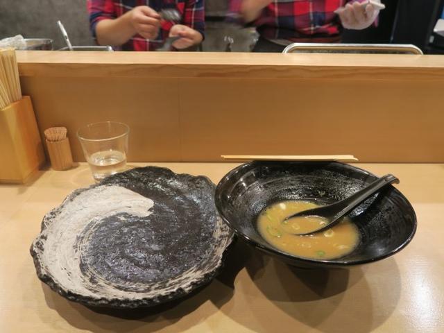 画像: 道玄(銀座/肉ラーメン)