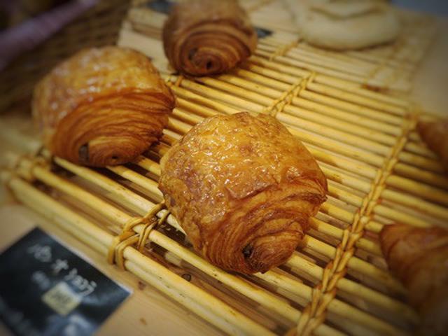 画像: 美味しいパンオショコラとマロンタルト