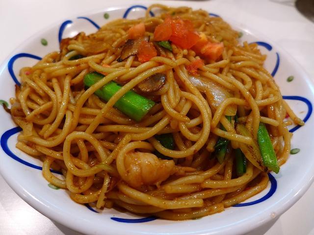 画像1: 本日のランチは堺市にあるロメスパのお店「ミスタースパゲッティ」に行きました。「ロメスパ」とは「路麺スパゲティ」の略で、ゆで置きの極太パスタをフライパンで焼いて調理する、早い、安い、美味しいパスタのファストフード的な食べ物... emunoranchi.com