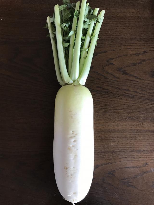 画像: 加賀野菜「源助大根」干しました。ベランダは野菜のワンダーランド