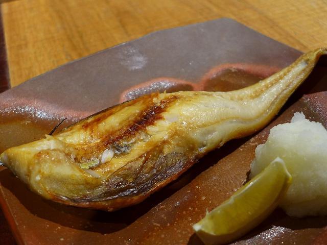 画像1: 本日のランチは心斎橋にある居酒屋「炉端シャンスGinpei」に行きました。魚料理の名店「銀平」の新業態で、朝獲れの鮮魚の漁師料理が、洗練された居心地抜群の空間でいただけるお店です。前回夜に行ったときにとても感動をさせてい... emunoranchi.com