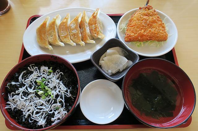 画像: タレコミ情報:葉山港湾食堂で岩のりしらす丼と葉山餃子セット【葉山】