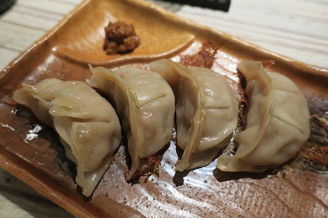 画像: 活菌酒場「菌太郎」で菌料理と麹餃子を堪能 【野毛】
