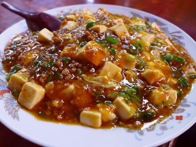 画像1: 本日のランチは東三国にある中華料理屋さん「若水」に行きました。 超巨大な鶏のから揚げがとても美味しいことで有名なお店で、さらに、密かに「中華風カツ丼」が絶品の私の大好きなお店です! 今日は何故かここのから揚げがやたらと食... emunoranchi.com