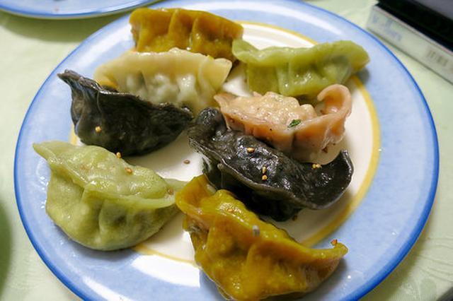 画像: 「線條手打餃子専門店」で台湾生まれのカラフルな餃子を食す【池袋】