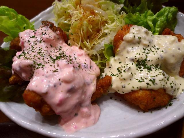 画像1: 本日のランチは梅田のルクアイーレ地下2階にある宮崎料理の居酒屋「宮崎酒場 ゑびす」に行きました。 お伺いしたのは夕方の居酒屋タイムですが、これが今日の私のランチです(^^ 宮崎県の郷土料理が食べられるお店ということで、以... emunoranchi.com
