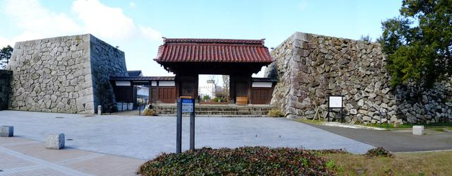画像: 「富山・アートなとやま旅 富山城址公園、高志の国文学館」