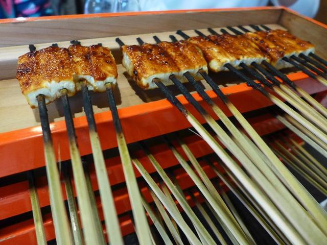画像1: 本日のランチは、「第3回どぎゃん日帰りバスツアー」に参加させていただき、三重県伊賀上野で美味しい料理をいただきました! 「宮崎郷土料理 どぎゃん」の常連さんが集まって、皆で美味しいものを満喫するこの企画、第1回目は芦原温... emunoranchi.com