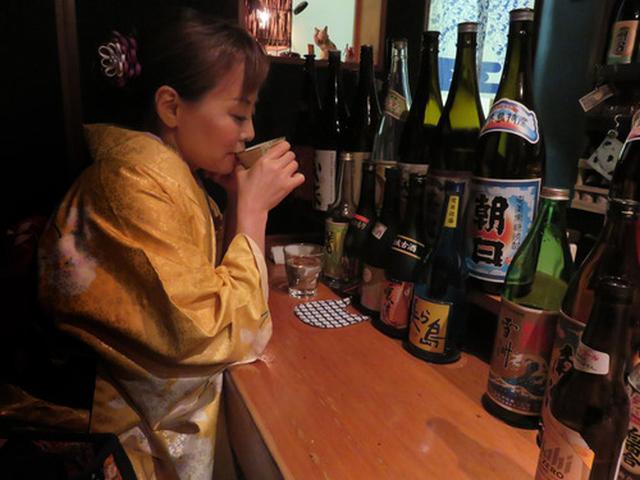 画像: 【福岡】中洲人形小路♪焼酎ずらり♪美人ママ♪@焼酎処 あんたいとる