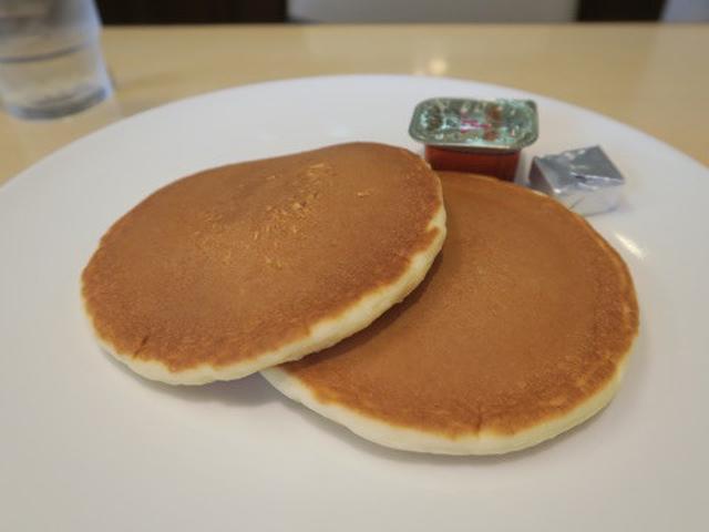 画像: 大衆スイーツ探検隊・ジョナサンのモーニングパンケーキ