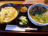 画像1: 本日のランチは大正区にあるお蕎麦屋さん「家族庵」に行きました。 いつもお世話になっているIさんが、「Mさん、特に特徴のない普通のお蕎麦屋さんですが、私の大好きなお店なんです!」と言って連れて行ってくださいました! 「親子... emunoranchi.com